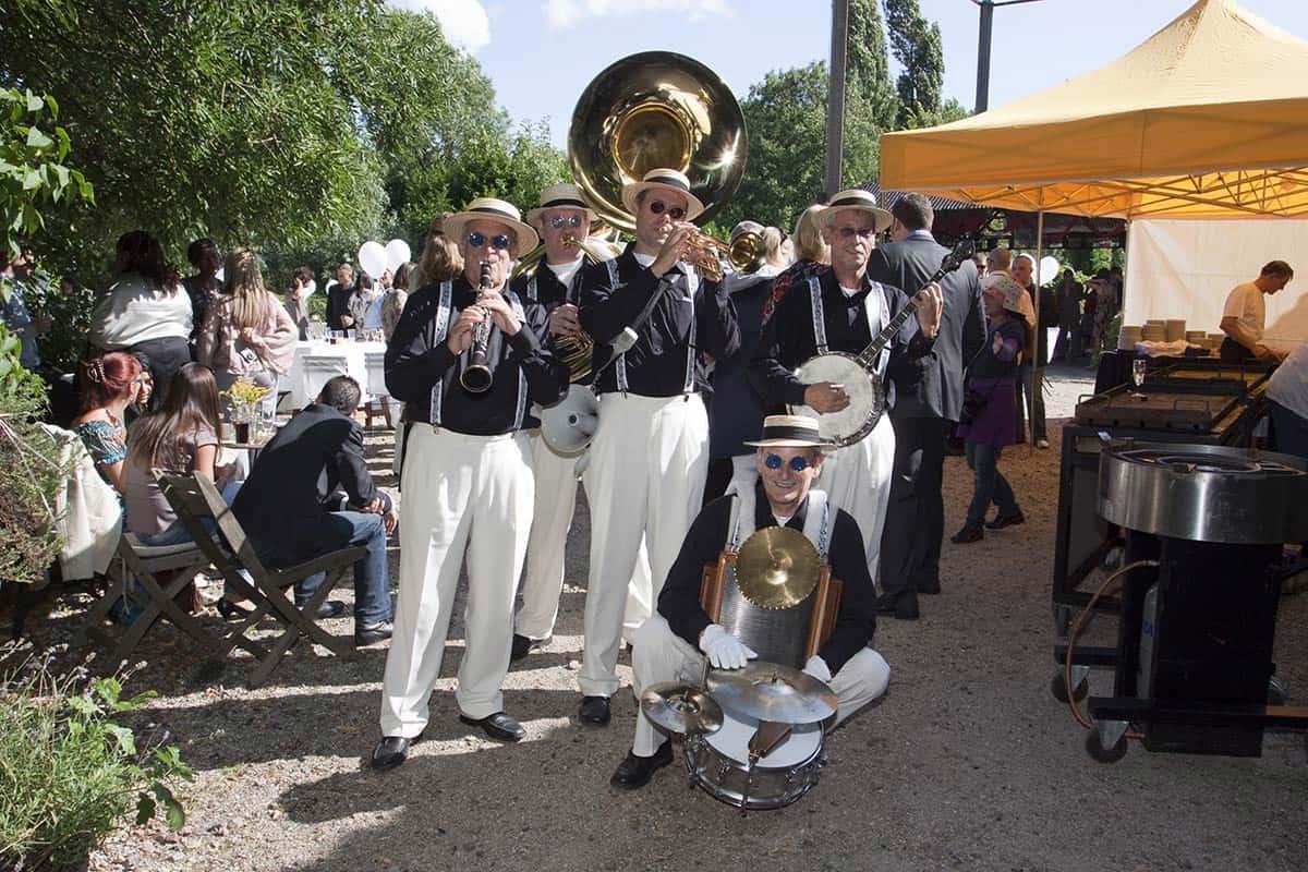 dixieland orkest muziek bruiloft trouwdag huwelijksfeest