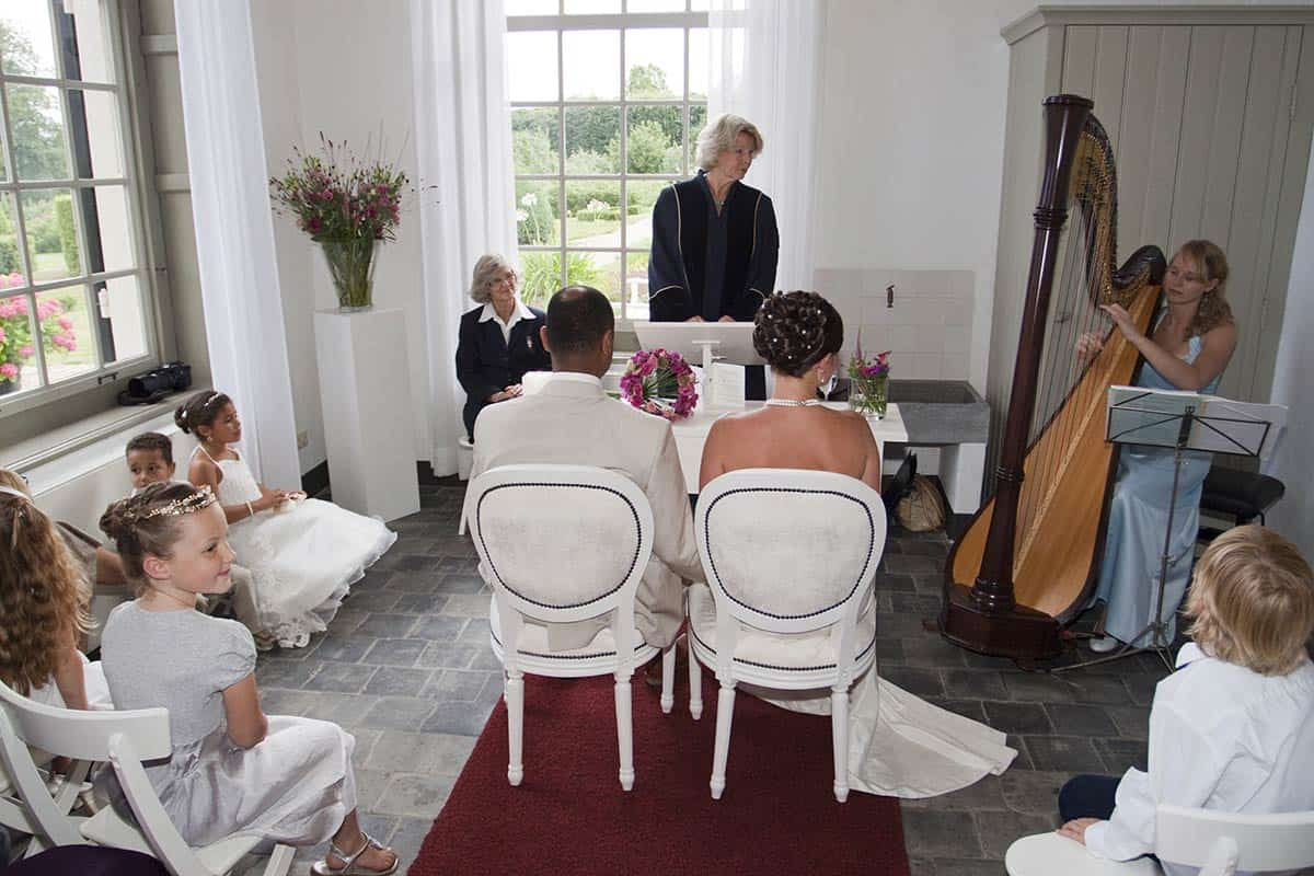 harp harpmuziek muziek bruiloft trouwen huwelijksceremonie trouwfoto