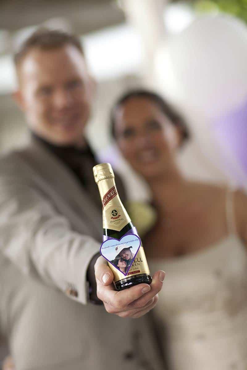 flesje sekt wijn bedankje trouwdag bruiloft trouwen