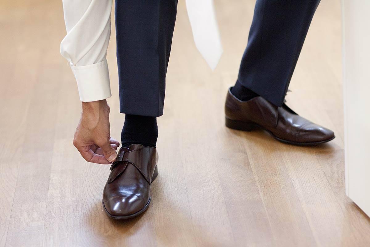 trouwschoenen voorbeeld trouwen trouwdag bruidsfotografie