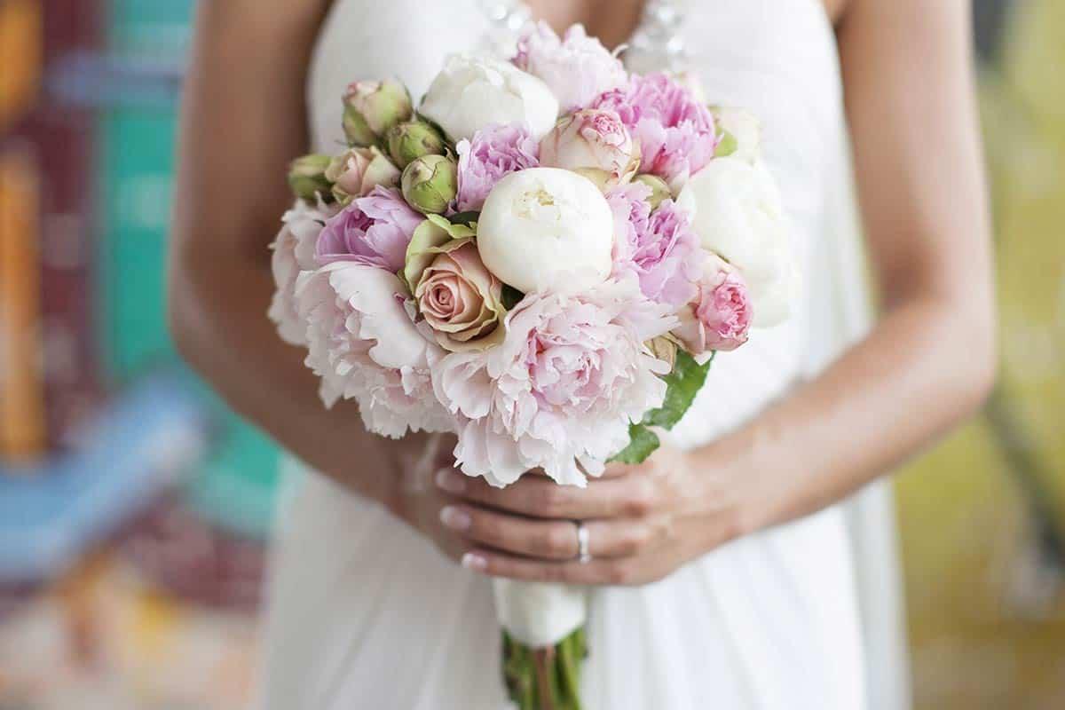 bruidsboeket boeket trouwen trouwdag bruiloft trouwreportage