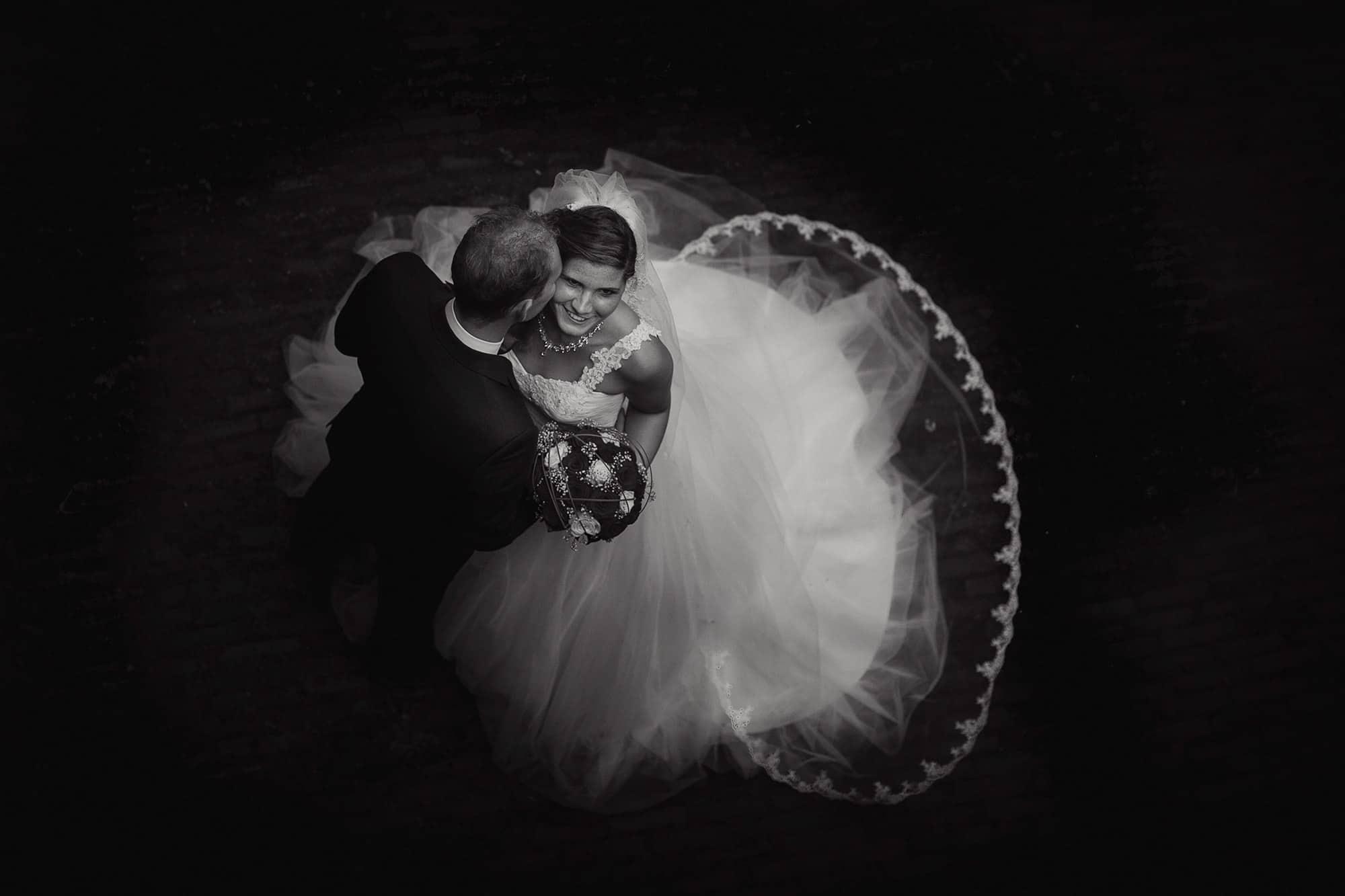 zwart-wit bruidsfoto
