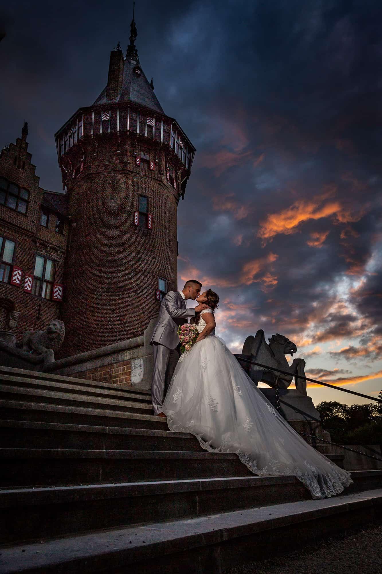gouden uur fotografie bruidspaar