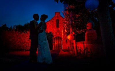 Kunstzinnige silhouet trouwfoto