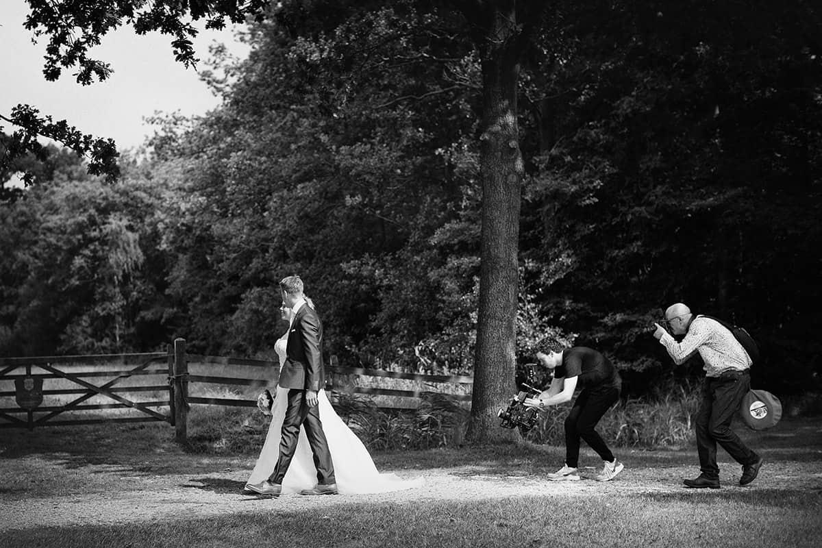 Hoe lang duurt een fotoshoot bruiloft trouwdag